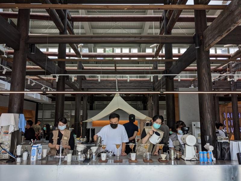 glabstopover26 台中西區-中島GLAB*Coffee Stopover古蹟中的文創 來一杯咖啡經典在府儒考棚