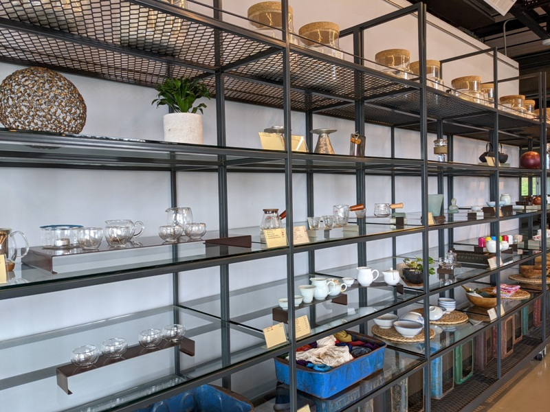 tongluoteafactory16 銅鑼-銅鑼茶廠 日式茶廠 山景茶園滿是緑意
