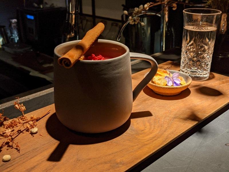akacafe31 大同-AKA Cafe巷弄中的神祕感 調酒好看爽口 熱紅酒暖心 愛爾蘭咖啡驚豔